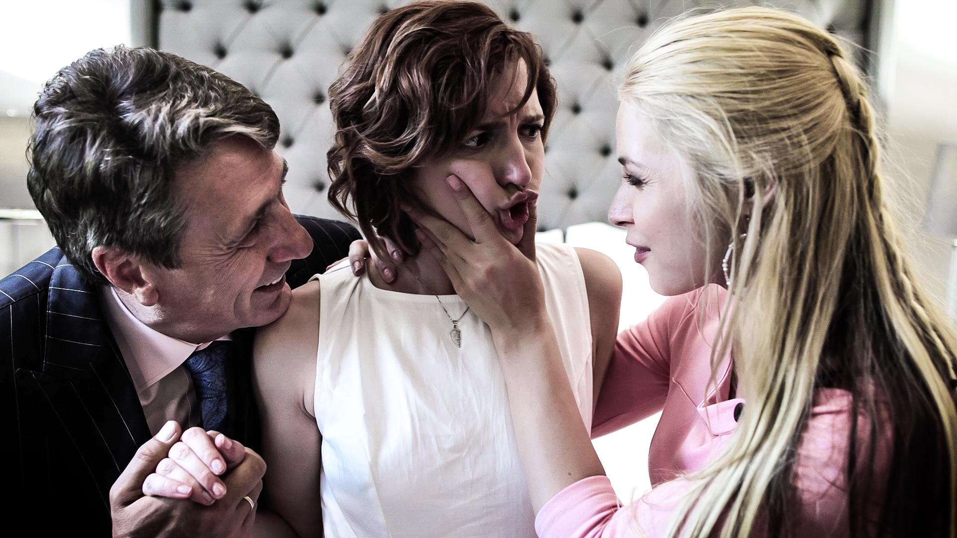 Anne, Vandella and Holmes